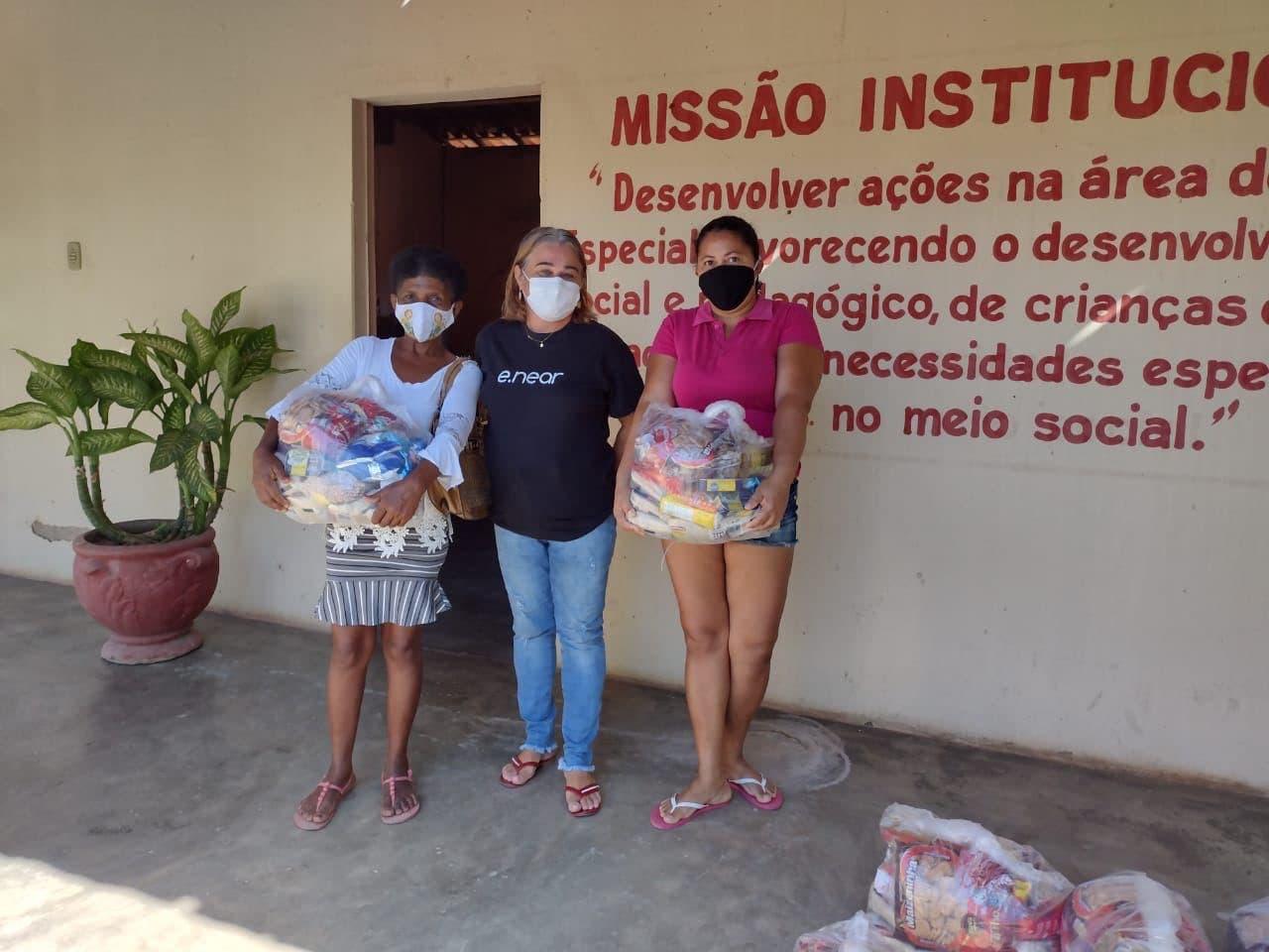 e.near - food baskets offer - Pestalozzi Association Milagres (2)