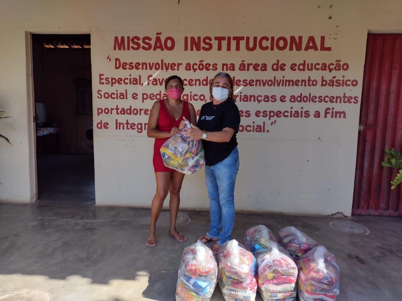 e.near - food baskets offer - Pestalozzi Association Milagres (3)